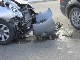 Car crash_What are your kids learning about distracted driving